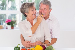 oldercoupleeating